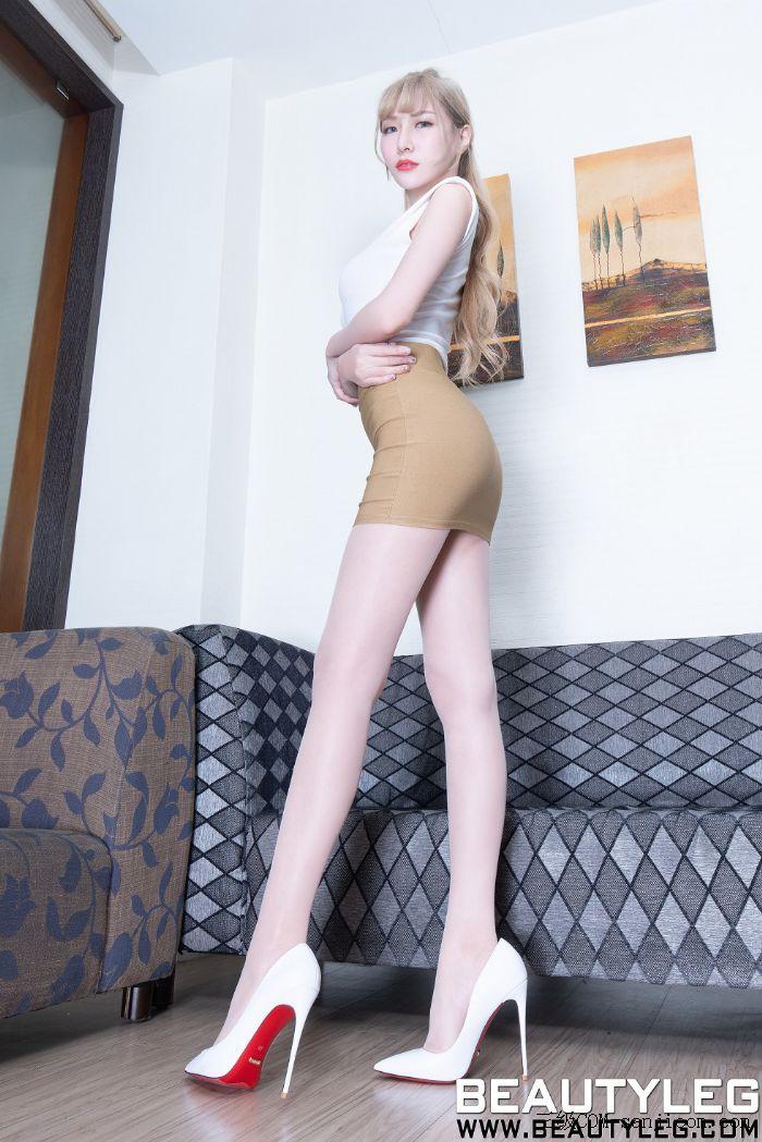 [Beautyleg]No.1820_模特Xin妹子橘红色高叉连体衣配肉丝裤袜秀完美身材长腿性感写真[50P]