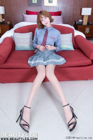 [Beautyleg]No.1822_模特Winnie妹子清纯学生制服配超薄肉丝裤袜完美诱惑写真[48P]