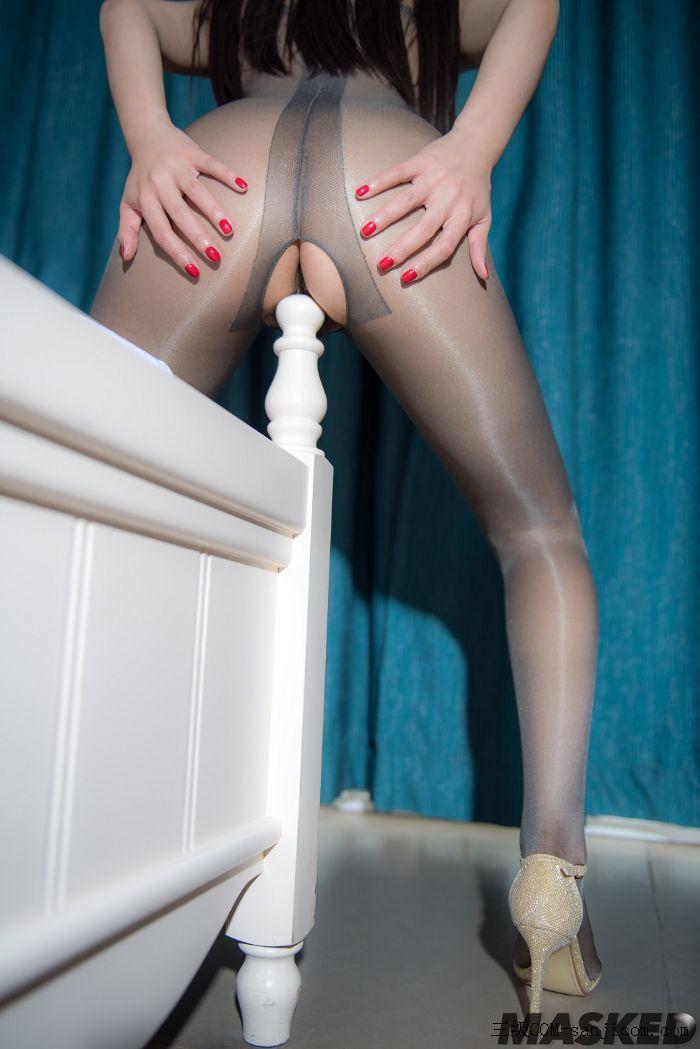 [MaskedQueen假面女皇]Vol.025_超薄激凸连体黑丝美女脱内衣透视露毛秀美乳极致诱惑写真[25/31]