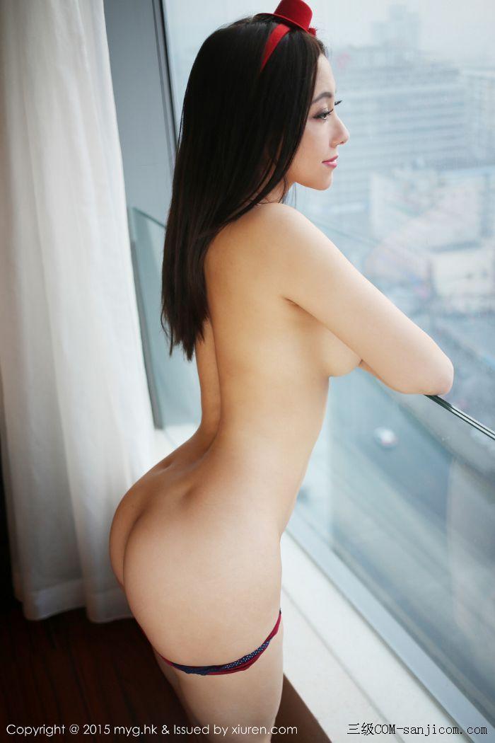 [MyGirl美媛馆]Vol.185_巨乳嫩模松果儿Victoria半裸上身遮胸诱人豪乳迷人翘臀诱惑写真[4/48]