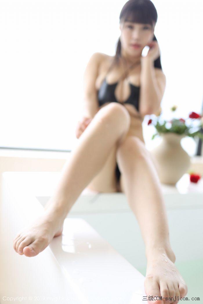 [MyGirl美媛馆]Vol.400_嫩模Flower朱可儿大理旅拍浴室里黑色情趣内衣完美诱惑写真[41/45]
