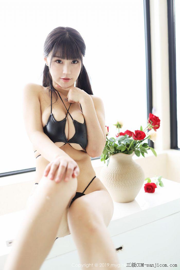 [MyGirl美媛馆]Vol.400_嫩模Flower朱可儿大理旅拍浴室里黑色情趣内衣完美诱惑写真[42/45]