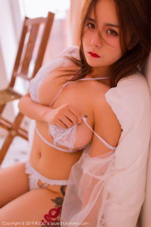 [RUISG瑞丝馆]VOL.082_嫩模Daisy琳琳居家私房白色蕾丝内衣秀完美身材豪乳诱惑写真[48P]