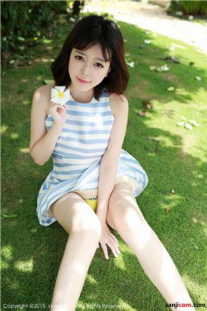 XIUREN秀人网 刘飞儿Faye手举小花露出黄色内裤(2)[36P]