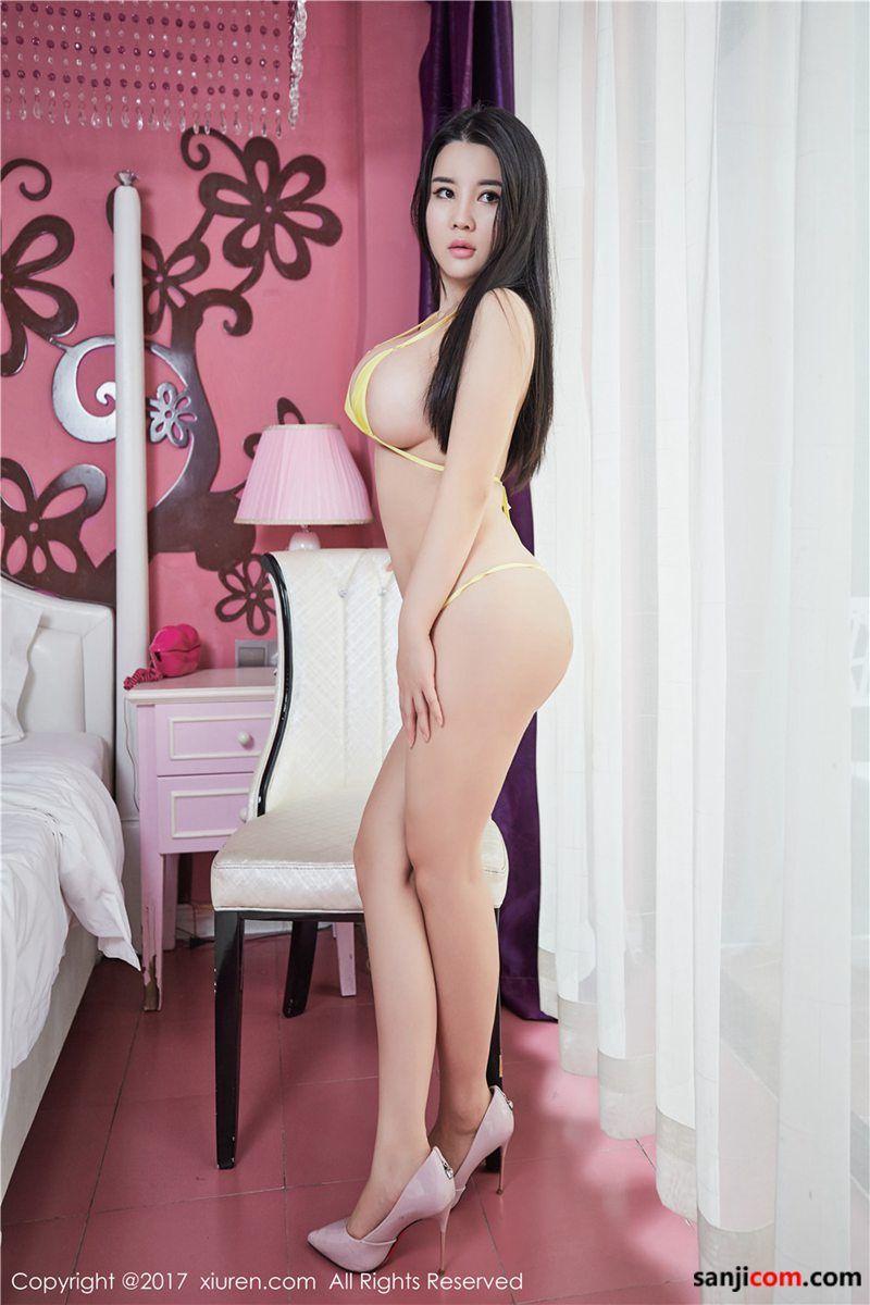 性感美女Sukki肥臀丰满居家写真[1/16]