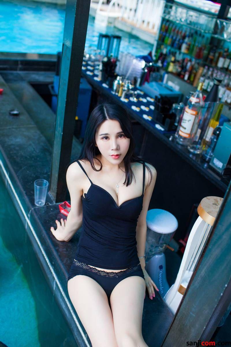 丰臀美女林恩芝alu与我的下体亲密接触着 弹性十足修长圆润的玉腿[3/50]