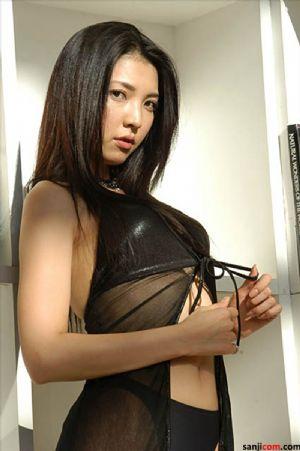赛车皇后日本女优相马茜激情诱[13P]