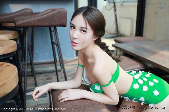 [UXING优星馆]Vol.033_嫩模Candy刘美辰带花比基尼性感翘臀迷人美胸写真[4/64]