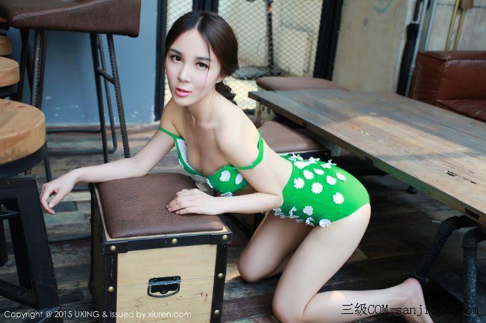 [UXING优星馆]Vol.033_嫩模Candy刘美辰带花比基尼性感翘臀迷人美胸写真[6/64]