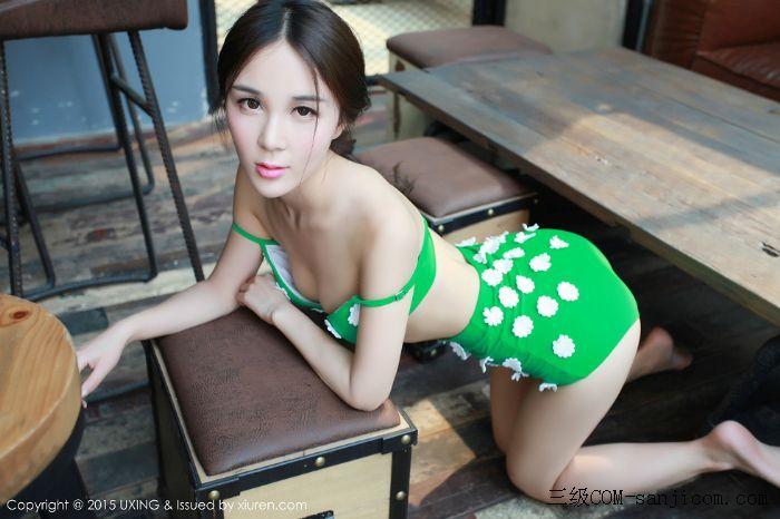 [UXING优星馆]Vol.033_嫩模Candy刘美辰带花比基尼性感翘臀迷人美胸写真[7/64]