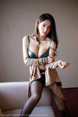 [XiaoYu画语界]Vol.154_嫩模Angela小热巴私房眼镜OL秘书制服黑丝吊袜敲诈诱惑写真[96P]