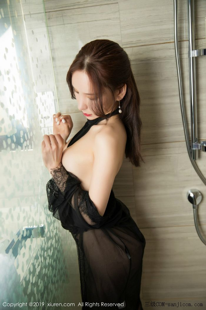 [XiuRen秀人网]No.1556_女神周于希Sandy玉手遮胸私房浴室里情趣黑丝半露豪乳撩人诱惑写真[45/56]
