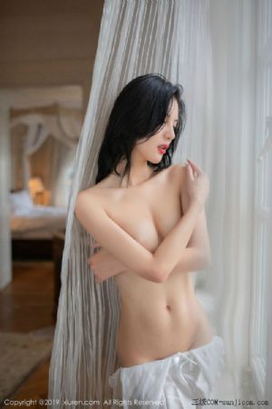 [XiuRen秀人网]No.1624_嫩模就是阿朱啊玉手遮胸私房白色围裙蕾丝内衣透视火辣诱惑写真[68P]