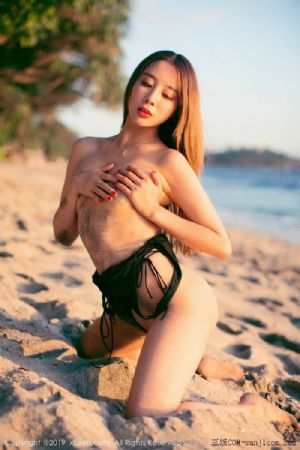 [XiuRen秀人网]No.1635_嫩模筱慧海边沙滩泥沙遮胸性感比基尼秀浑圆翘臀撩人姿势诱惑写真[50P]
