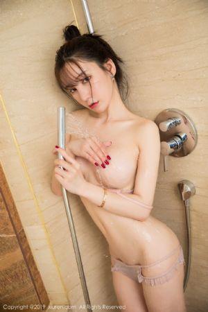 [XiuRen秀人网]No.1656_女神周于希Sandy全裸遮胸私房浴室里性感内衣半脱露翘臀湿身诱惑写真[66P]