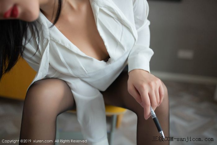 [XiuRen秀人网]No.1690_嫩模就是阿朱啊全裸遮胸魅惑教师制服白衬衣配无内黑丝裤袜诱惑写真[62/108]