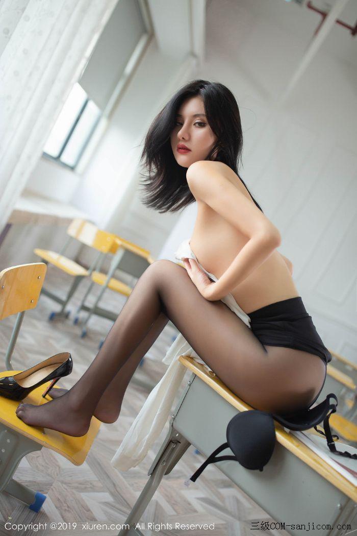 [XiuRen秀人网]No.1690_嫩模就是阿朱啊全裸遮胸魅惑教师制服白衬衣配无内黑丝裤袜诱惑写真[87/108]
