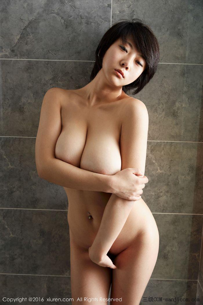 [XiuRen秀人网]No.453_巨乳嫩模雨瞳Yoyo大尺度全裸遮胸秀G杯豪乳极致诱惑写真[28/62]