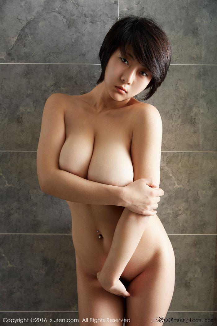 [XiuRen秀人网]No.453_巨乳嫩模雨瞳Yoyo大尺度全裸遮胸秀G杯豪乳极致诱惑写真[29/62]