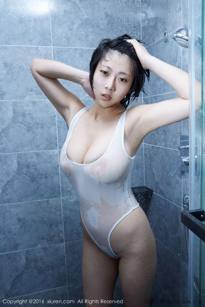 [XiuRen秀人网]No.453_巨乳嫩模雨瞳Yoyo大尺度全裸遮胸秀G杯豪乳极致诱惑写真[34/62]