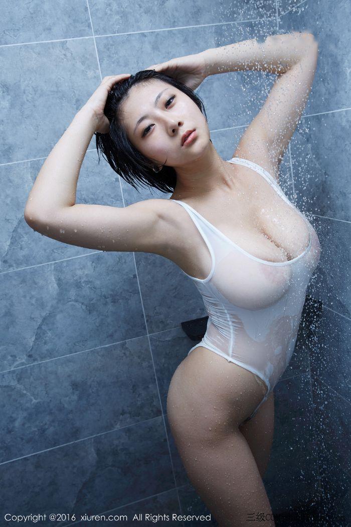 [XiuRen秀人网]No.453_巨乳嫩模雨瞳Yoyo大尺度全裸遮胸秀G杯豪乳极致诱惑写真[39/62]