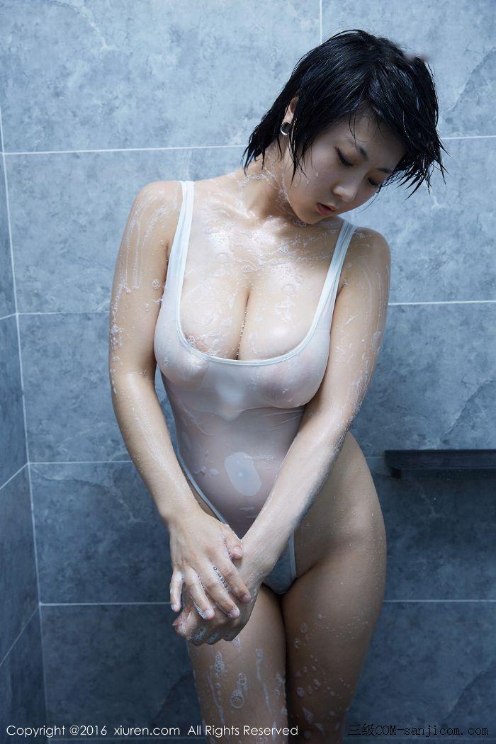[XiuRen秀人网]No.453_巨乳嫩模雨瞳Yoyo大尺度全裸遮胸秀G杯豪乳极致诱惑写真[41/62]
