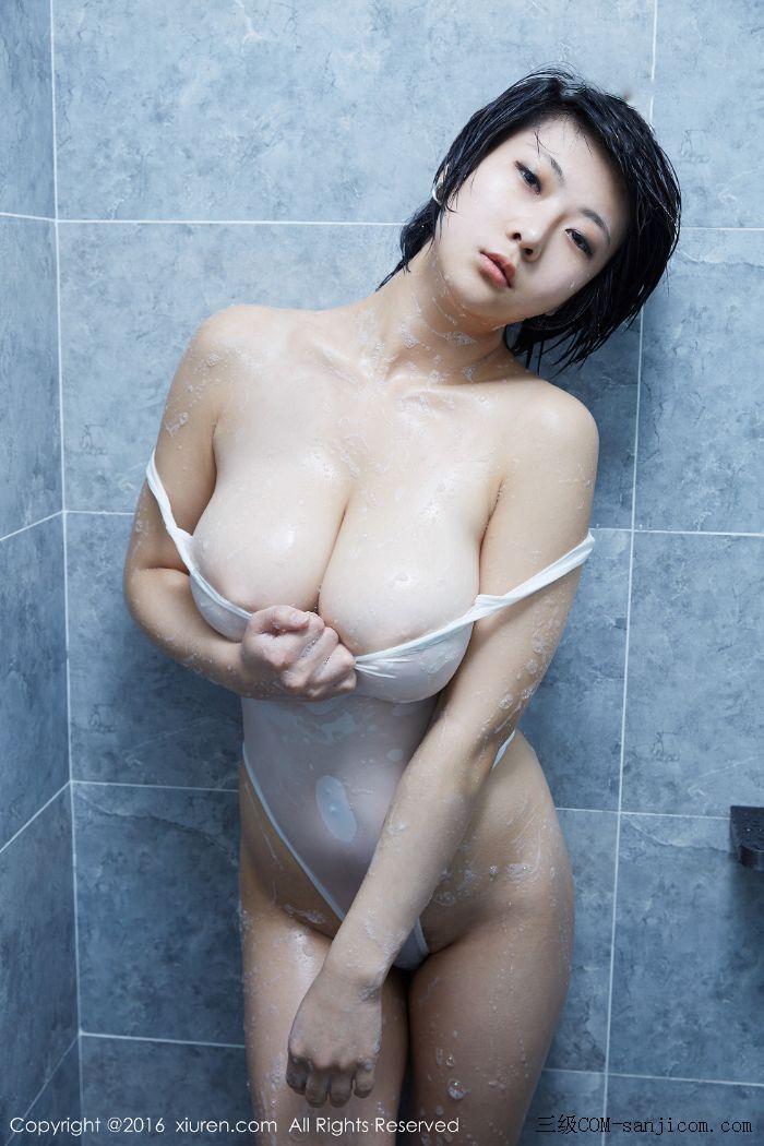 [XiuRen秀人网]No.453_巨乳嫩模雨瞳Yoyo大尺度全裸遮胸秀G杯豪乳极致诱惑写真[43/62]