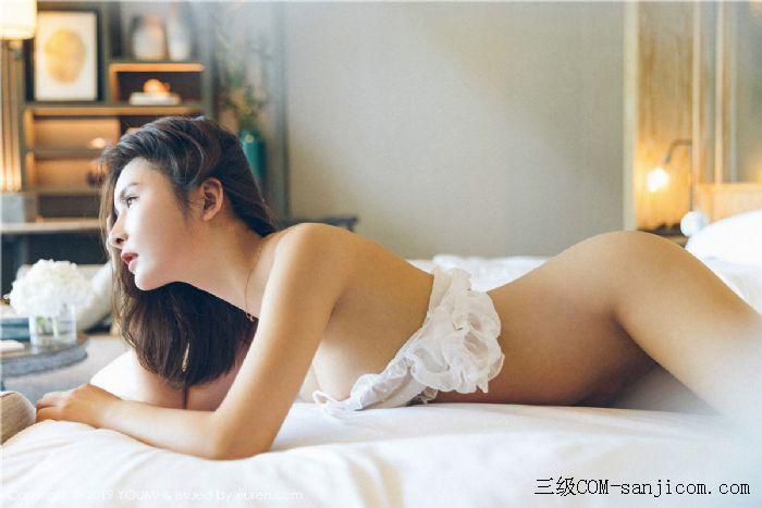 [YouMi尤蜜荟]Vol.306_女神SOLO-尹菲白色透视蕾丝内衣秀出完美身材[22/45]